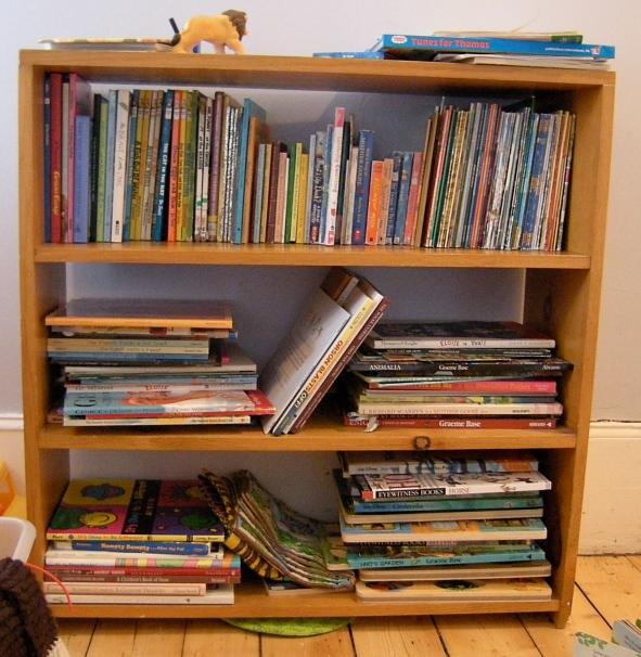 kids-bookshelf