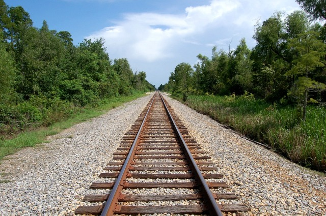 railroad_tracks414
