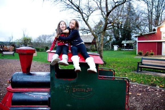 loving-sisters-2